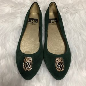 BC green suede owl flats